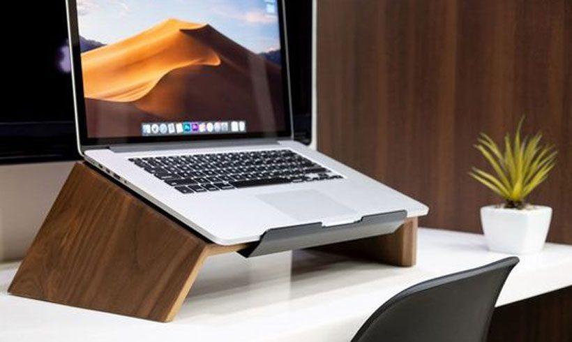 پایه چوبی برای لپ تاپ