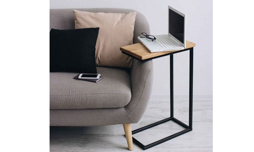 میز کنار مبلی لپ تاپ